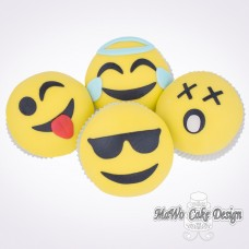 8 Smiley Cupcakes