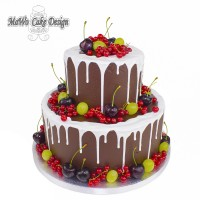 Drip Cake (mit Beeren)